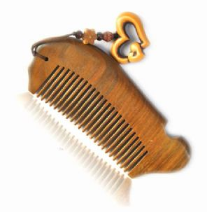 Handcraft Green Sandalwood Sandal Wood Fish Shape Comb Gift 12cm